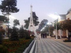 В новом парке Куляба построена 30-метровая копия Эйфелевой башни. ФОТО