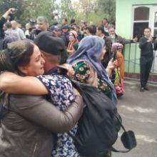 Без паспорта и работы. Проблемы амнистированных в Таджикистане