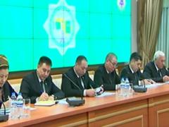 Бывшие президенты Туркменистана получат пожизненные должности в верхней палате парламента