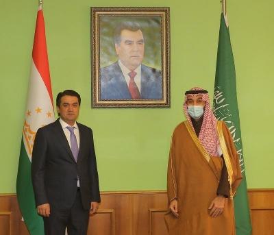 Президент Федерации футбола Таджикистана Рустами Эмомали встретился с Министром спорта, председателем Олимпийского комитета Саудовской Аравии, Президентом Эр-Рияд-2030 Абдулазизом бин Турки Аль-Фейсалом
