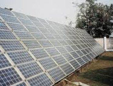 Гимназия с солнечными батареями в Худжанде